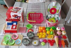 Dinette, caisse enregistreuse Goki, picnik box Janod, fruits, légumes, desserts