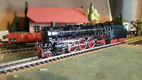 Marklin échelle ho locomotive 231 avec tender de la DB réf : 3048