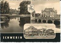 """Ansichtskarte Schwerin """"Schweriner Schloss mit Brücke und Park"""" - schwarz/weiß"""