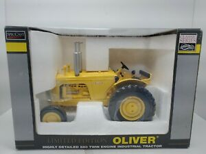 Oliver Highly Detailed 880 Twin Engine Industrial Tractor Yellow 1/16 scale