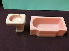 Vintage 1946 Dollhouse Tub T95 & Sink T96 1:16 A Renwal Product USA Very Old