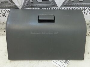 Nissan Frontier Glove Box Assembly 99 Gray Dash 68500-9Z000