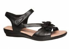 Hush Puppies Women's Leather Low (3/4 to 1 1/2 in) Heel Height Sandals for Women