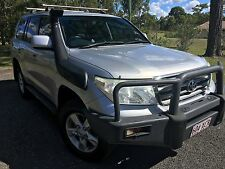 2009 Landcruiser VX 200 series 4.7L WITH OVER $6000 accessories