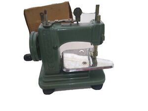 The New Very Ross Miniature Sewing Machine