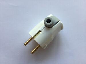 Schuko Schutzkontakt Stecker mit seitlichem Kabelausgang - ideal bei wenig Platz