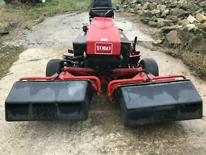 Toro Reelmaster 216 - in good working condition with collection baskets
