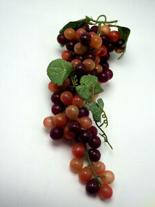 A Artifical Red Purple Grapes
