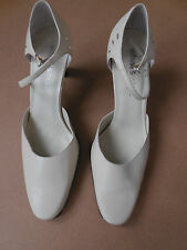 Aerosoles  leather uppers pumps, size 7 1/2.