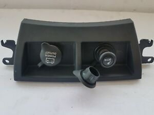2005-2008 CHRYSLER PACIFICA CENTER DASH CONSOLE POWER OUTLETS OEM 49TRMAB