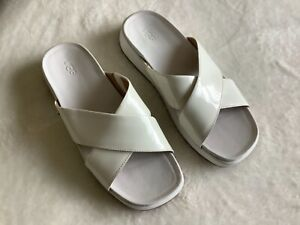 UGG women's slides sandals 7.5 white leather