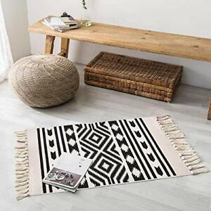 Elloevn Geometric Rug, Black and White Printed Bohemian Area Rugs with Tassels,