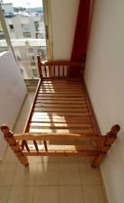 2 beds simple 1 person each + 2 matelas
