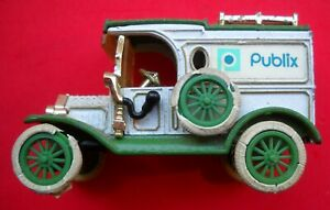 Ertl Publix 1918 FORD MODEL T DELIVERY VAN Number Two in a Series
