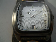 Fossil men's leather band,quartz,battery & water resistant Analog dress watch.