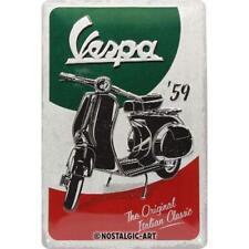 Vespa - Italien Classic geprägt Blechschild 20x30 cm Reklame Metallschild 1107