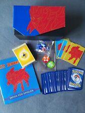 Top-Trainer-Box Schwert & Schild Zamazenta + 100 verschiedene Karten