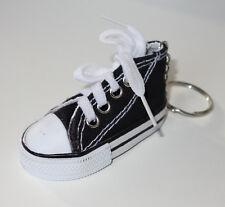 S100 - Schlüsselanhänger Taschenanhänger - NEU - Schwarz Schuh Chucks Sneakers