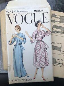 Vogue 1959 Medium Robe Pattern Complete