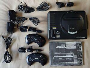 SEGA MEGA CD 1 & Mega Drive 16-Bit Console + 2 Controllers