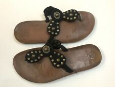 Mossimo Discontinued Owl Logo Womens Size 10 Black Suede Leather Flip Flops Stud