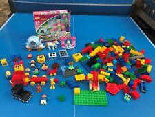 LEGO DUPLO PERSONNAGE VOITURE PRICESSE  CHATEAUX BRIQUES GROS LOT + 2,0 KG N°33