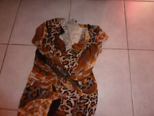 Robe longue fourreau  motif léopard fond camel marque ORNA FARHO taille 38
