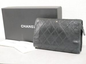 CHANEL Bicolore black leather pouch accessory case Authentic #4461P