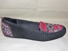 """WOMENS WORN ONCE """"THE SAK"""" BLACK MACRAME AND RED TAPESTRY LOAFERS SIZE 8 1/2 M"""