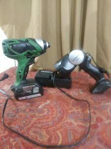 Hitachi WH18DSAL Cordless 18V Impact Driver With Battery and light and charger