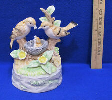 Birds Nest Music Box Ceramic Feeding Baby Flowers Leaves Branches Yesterday Song