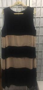 marina rinaldi 29 Color Block Flowy Black Dress