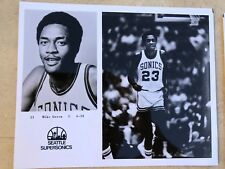 MIKE GREEN - 1970's PRESS PHOTO - SEATTLE SUPERSONICS - Souvenir stand buy