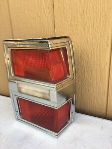 1977-1990 Buick Estate Electra Lesabre Station Wagon Corner Tail Light Passenger