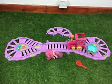 My Little Pony train set. Includes track, engine and 1 carriages & Pinkie Pie
