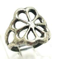 Vtg. Navajo Concho Design Sterling Silver 925 Ring 3g Sz.5 WEN230