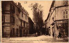 CPA  Avignon - Maison Renaissance et la Pittoresque Rue des Teinturiers (511425)