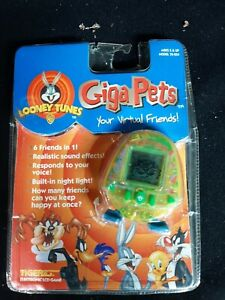 Tiger Giga Pets Looney Tunes 6 In 1 Pocket Virtual Game 1997 - Factory Sealed