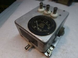 Vintage Antenna Relay Unit  BC-442-A U.S. Army Signal Corps with Arrester