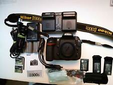 Nikon D D300S DSLR Camera - Black  with MANY VALUABLE EXTRAS! NO RESERVE!