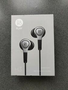 Bang & Olufsen Beoplay H3 schwarz/silber