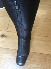 Ladies Bandolino Black Leather Fabric Long Unusual Zip Boots Fit 6-7