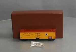 HO BRASS Northern Pacific Wood Reefer Version 1 Truss Rod Frame Painted Yellow