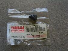 NOS Yamaha Shoe Ramp 1994 VX750 8AX-17688-01-00