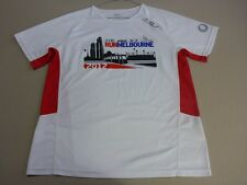 066 MENS EX-COND 2XU 'RUN MELBOURNE' WHITE / RED S/S T-SHIRT SML $100 RRP.