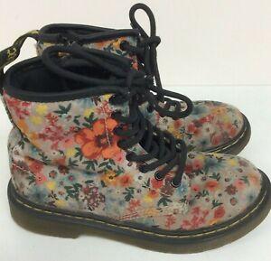 Dr Martens Childrens Kids Wanderflower Boots Size UK 12