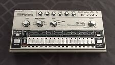 VINTAGE ROLAND TR-606 DRUMATIX DRUM MACHINE USED NEAR MINT CONDITION W/ CASE!