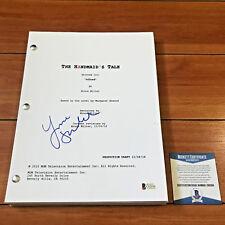 YVONNE STRAHOVSKI SIGNED THE HANDMAID'S TALE FULL PILOT SCRIPT - BECKETT BAS COA