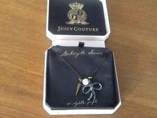 PENNINO Juicy Couture Nuovo in Scatola lunga Bronzo & Peltro Collana con pendente e diamante