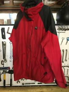 Spray way Gortex coat